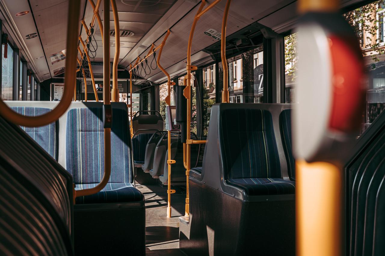 FRO.LU: Ëffentlechen Transport wärendder Coronapandemie